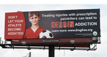 ph-ag-heroin-billboard-0503-20170503sm